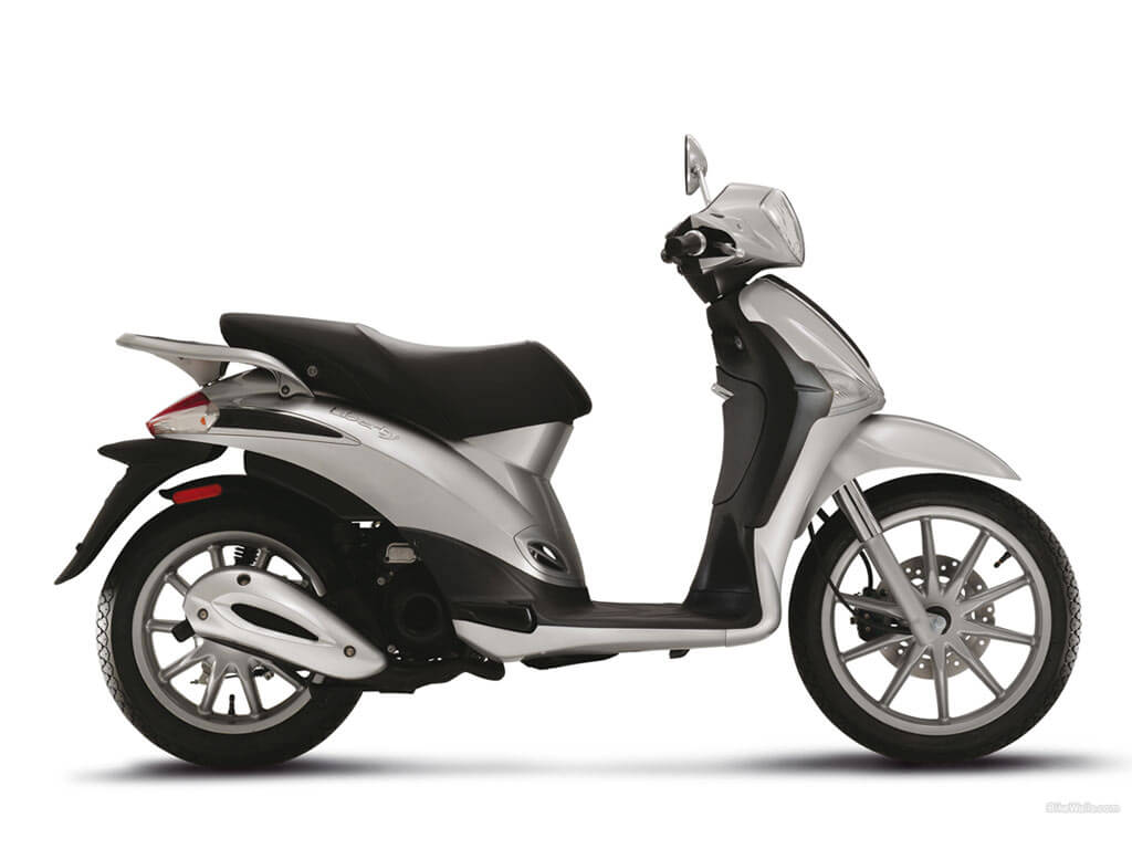 Vespa Liberty Price in India, Liberty Mileage, Images
