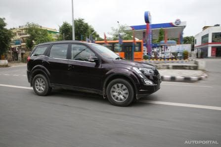 Mahindra xuv500 price in india xuv500 images mileage for Xuv 500 exterior modified