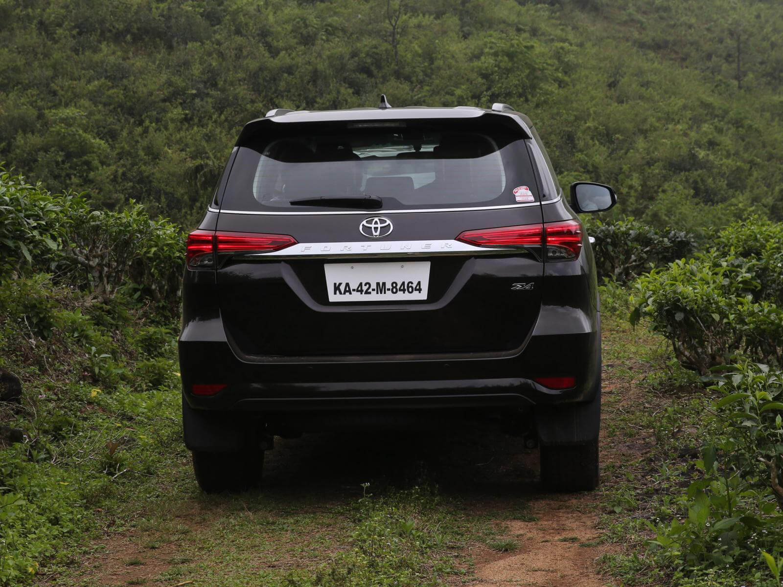 Toyota Fortuner Wallpapers Free Download