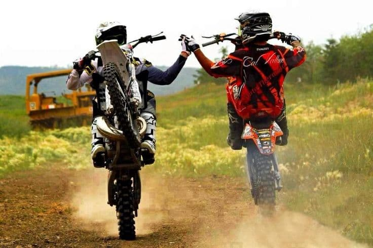 Are wheelies bad for your motorcycle?- AutoPortal