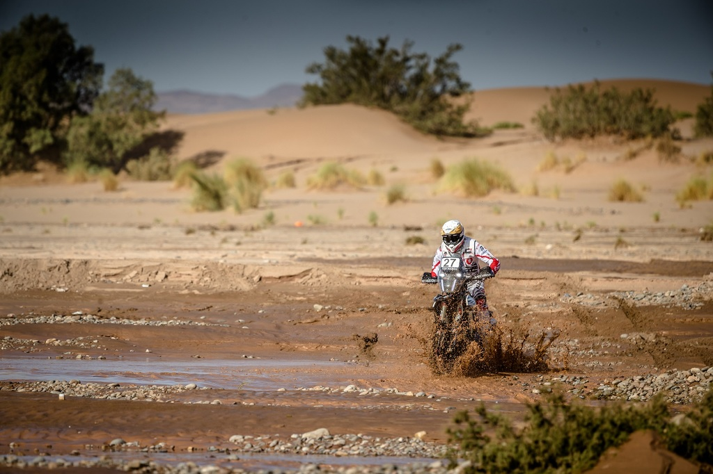 CS Santosh of Hero MotoSports Grabs 15th Spot in Morocco