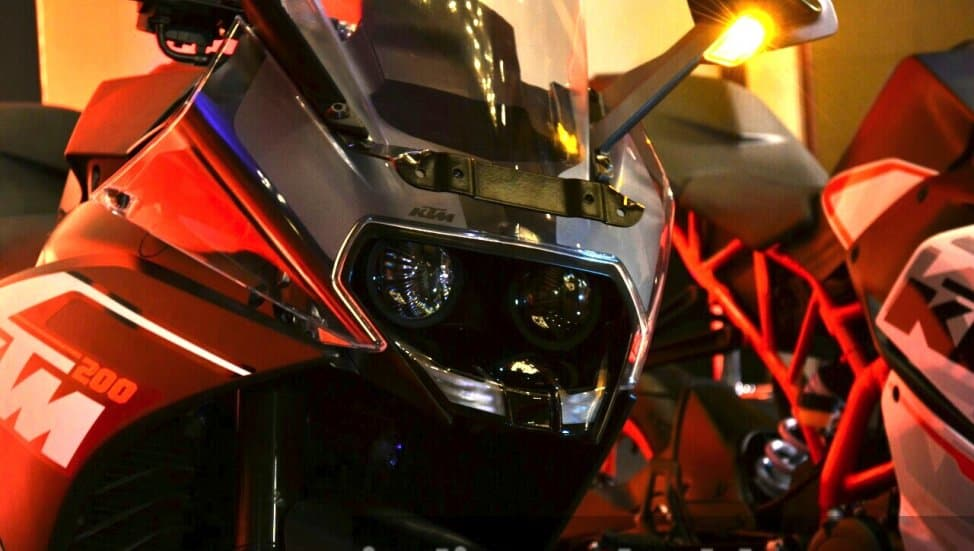 2019 KTM RC 200 with ABS launched at Rs 1 88 lakhs