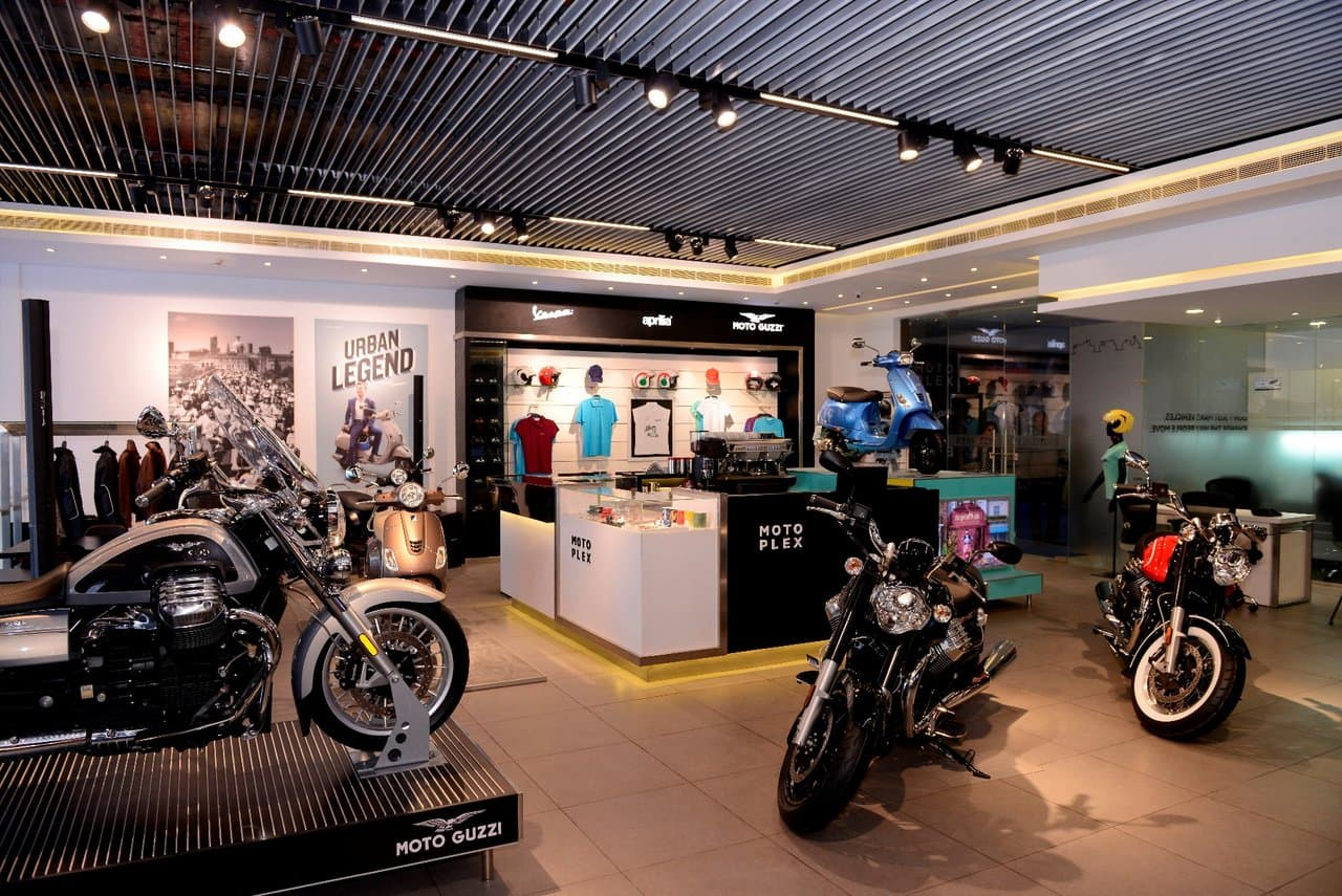 piaggio opens its first motoplex showroom of india in pune / news
